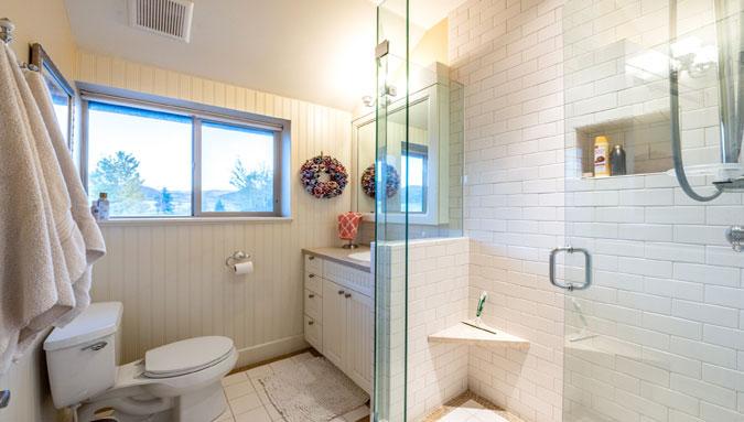 Serenity Ranch Barn Bathroom